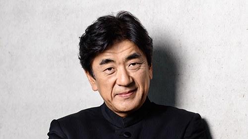 Yutaka Sado, als Orchesterleiter international hochgeschätzt, gilt als einer der bedeutendsten japanischen Dirigenten unserer Zeit. Seit der Saison 15-16 ist er Chefdirigent des Tonkünstler-Orchesters. © Peter Rigaud