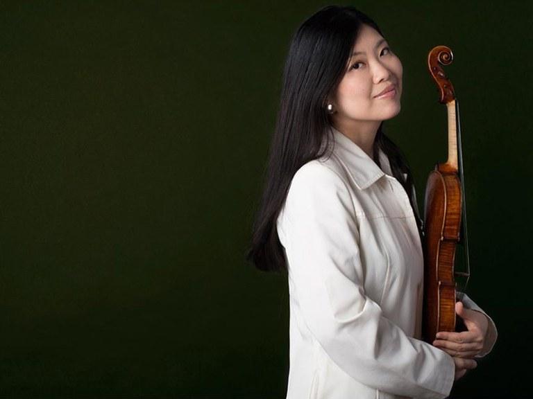 2. Violine © Nancy Horowitz