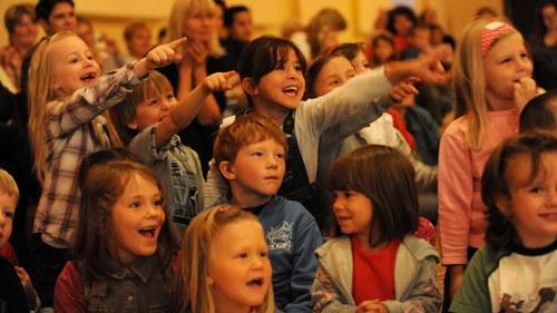 Begeisterte Kinder