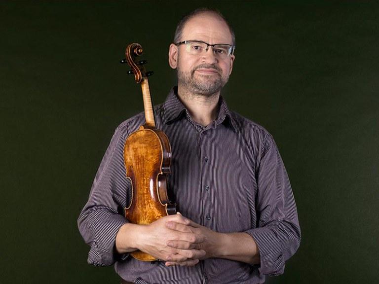 Principal 1st violin © Nancy Horowitz